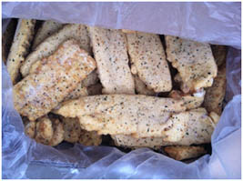 2.89 Breaded White fish fillets with sauce and herbs 140-165g